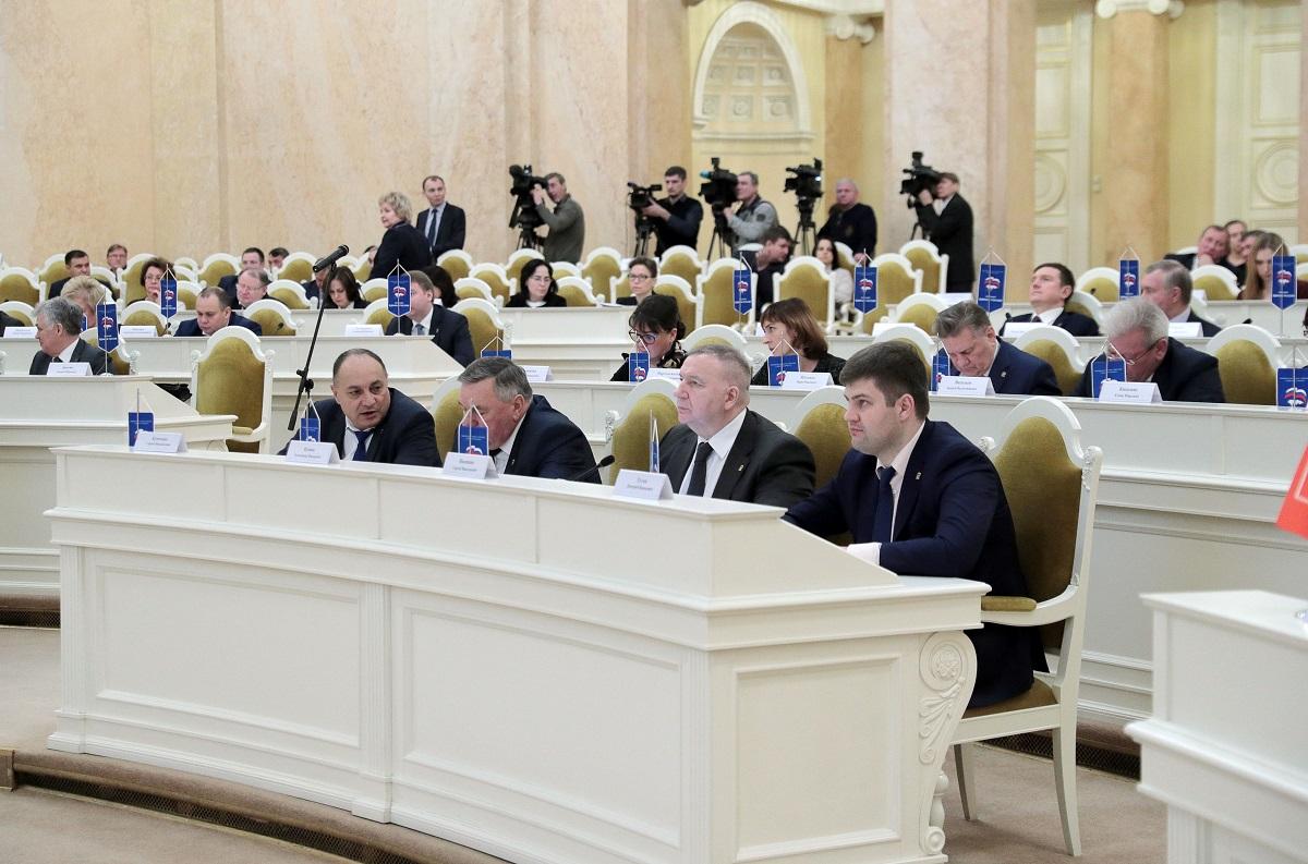 Список всех депутатов с фото санкт петербург еще живая