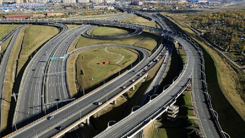 Наразвязке КАД с столичным шоссе закрывается съезд