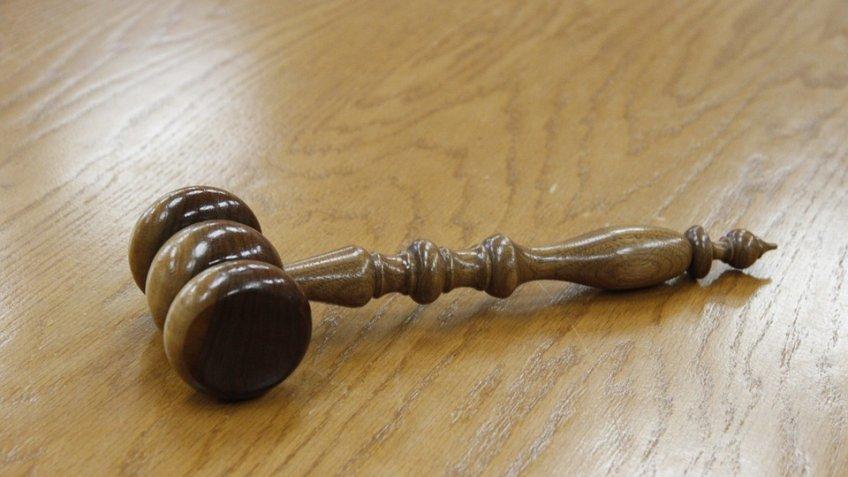 Прежнего руководителя ГУМВД поСЗФО просят приговорить к12 годам колонии