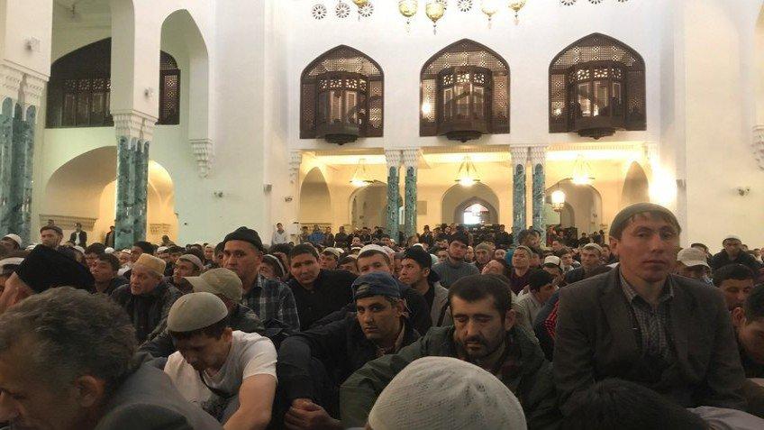 Томские мусульмане отмечают праздник Ураза-байрам