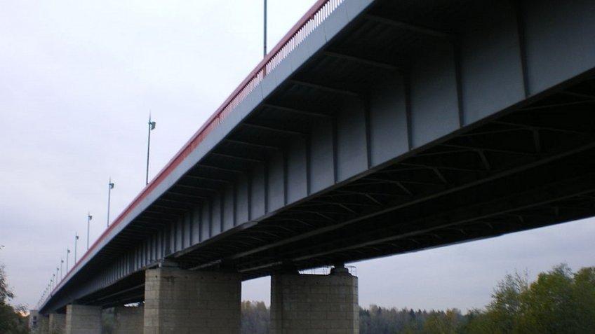 Ладожский мост на«Коле» разведут на45 мин.