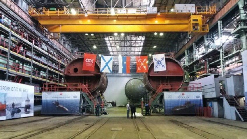 Стало известно, как МинобороныРФ назовёт две новые подводные лодки вПетербурге