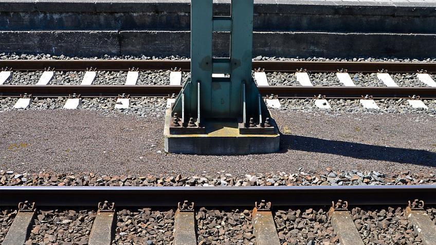 Наперегоне «Левашово-Белоостров» поезд сбил человека