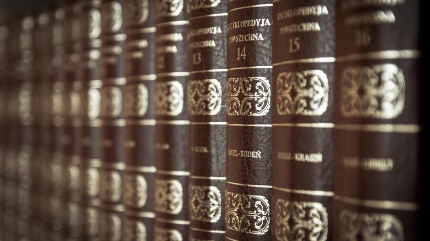 Полный перевод средневековой книги ожитии святых представили вПетербурге