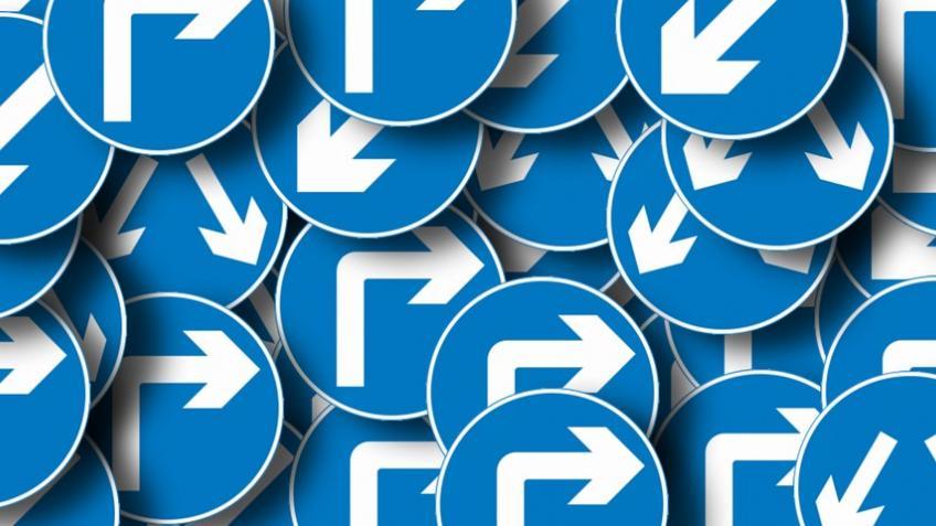 Автоэксперт: если дорожный знак не соответствует ГОСТу, водитель может его не соблюдать