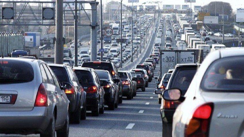 НаКАД закроют одну полосу наразвязке сПриморским шоссе