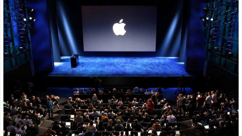 Apple сообщила онамерении снять сериал неуступающий впопулярности «Игре престолов»
