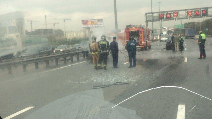 Свидетели: Накольцевой уКудрово столкнулись 9 машин