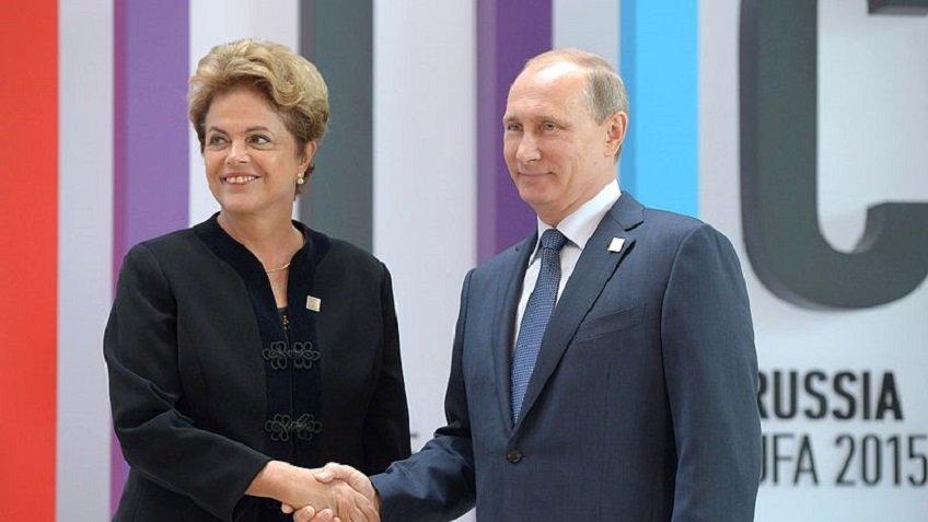 Руссеф расскажет вПетербурге осмещении споста президента Бразилии