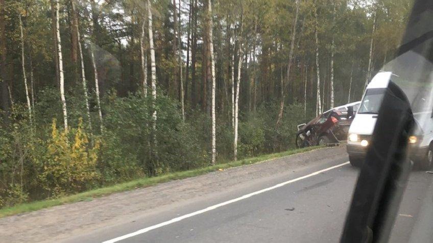 На «Коле» вДТП умер шофёр ипострадали дети