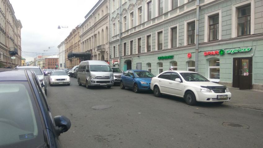 Штрафы занеправильную стоянку вПетербурге могут поднять в 4 раза
