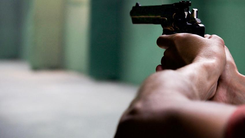 Под Питером клиенты ночного клуба открыли стрельбу иранили пятерых человек