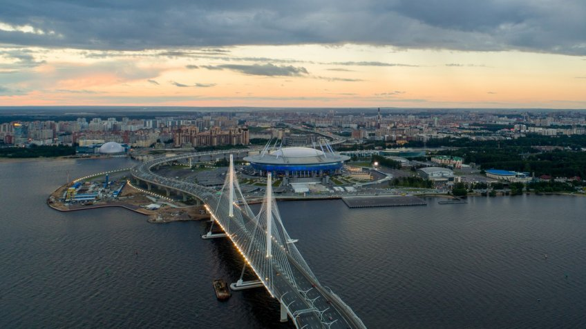 Предматчевые тренировки сборных Российской Федерации  иИспании пофутболу настадионе «Санкт-Петербург» отменены
