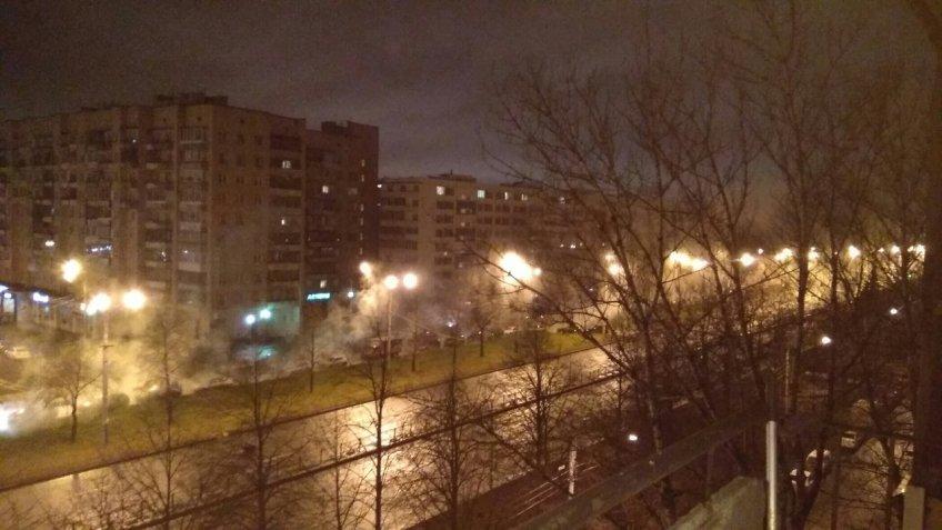 Предыдущей ночью вПетербурге Софийскую улицу затопило горячей водой