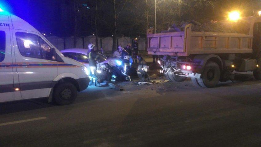 Вweb-сети опубликовали фото смертоносного ДТП наВитебском проспекте