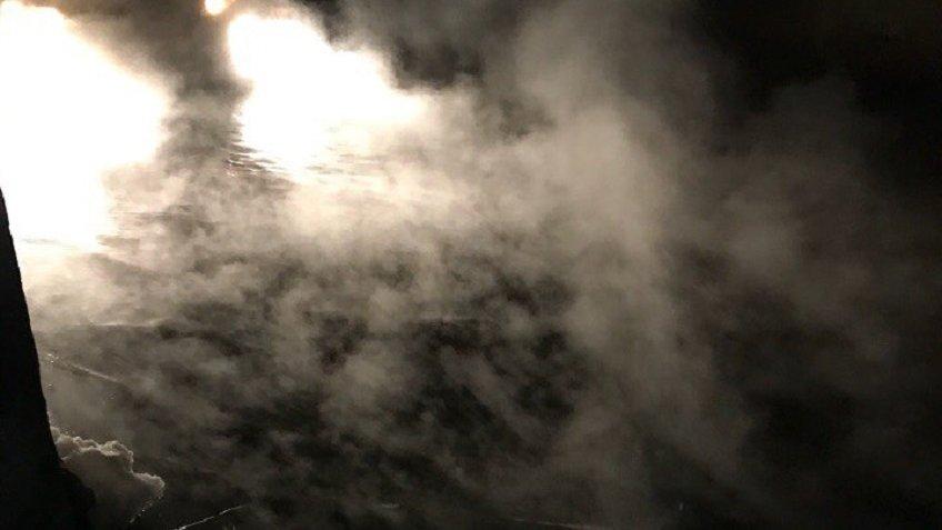 Прорыв трубы превратил Караваевскую улицу вПетербурге вдекорации к кинофильму  «Мгла»