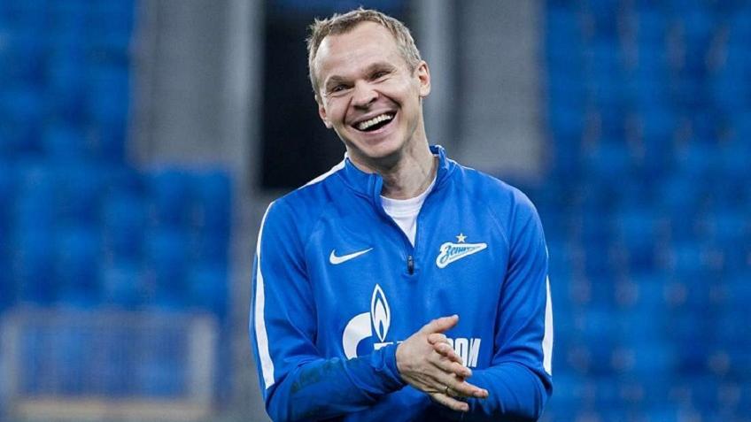 Анюков продлил контракт с «Зенитом»