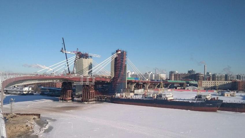 ВПетербурге закончился монтаж вантовой системы моста через остров Серный