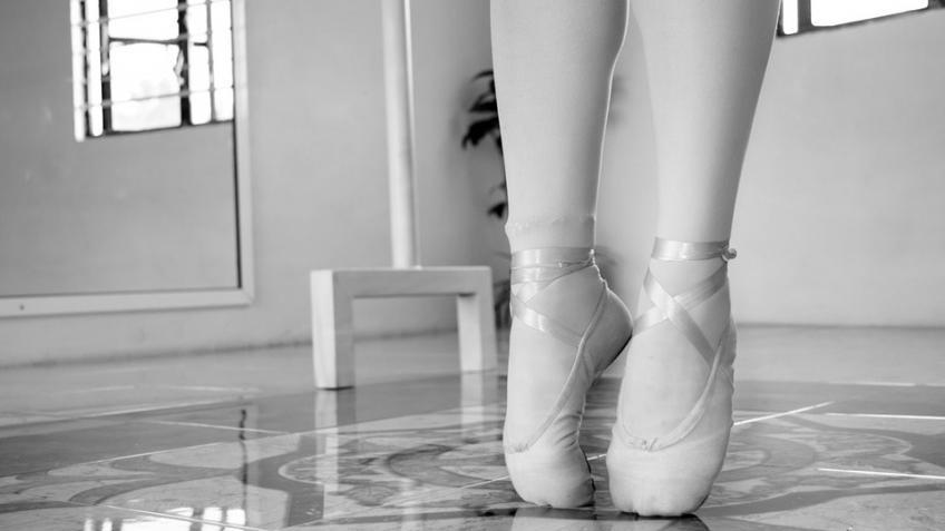 Молодая балерина изПетербурга поразила пользователей Сети равновесием