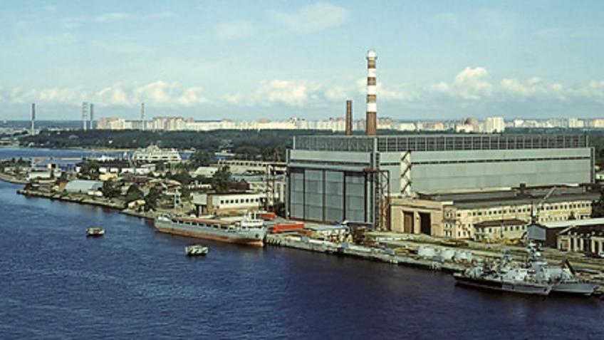 Взрыв произошел насудостроительном заводе вПетербурге, один человек умер