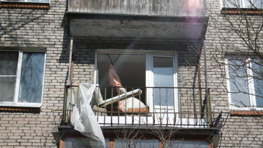 Самогонный аппарат взорвался водной изквартир Гатчины