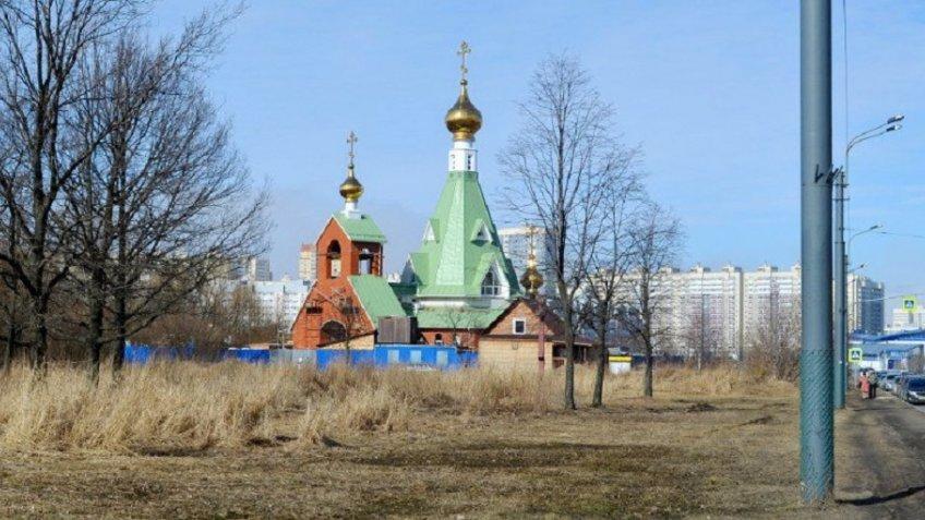 Нетрезвый петербуржец устроил драку в монастыре Иоанна Милостивого