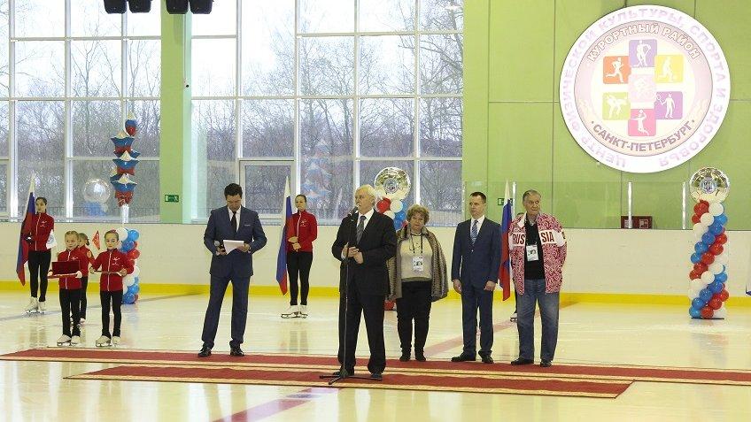 Полтавченко открыл вСестрорецке ледовую арену вчесть Всеволода Боброва