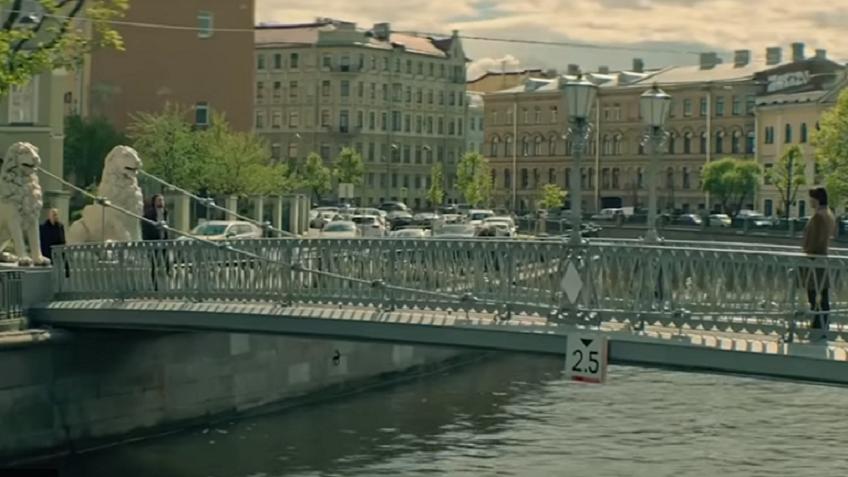 Появился 1-ый трейлер «Сибири» сКиану Ривзом, гуляющим поПетербургу