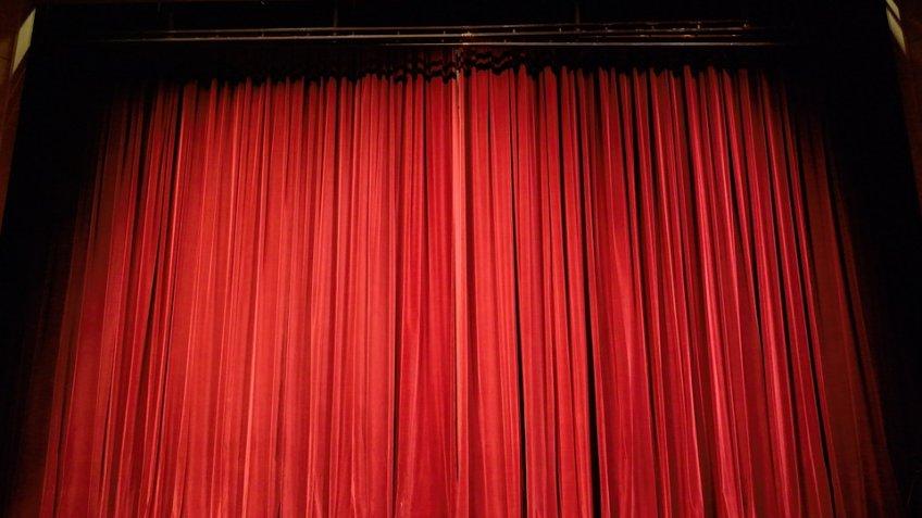 Театральный фестиваль «Почерк» представит петербургским зрителям 17 спектаклей задень