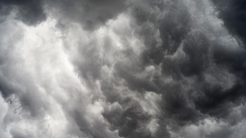 Неделя вПетербурге начнётся соштормового ветра, ливней играда