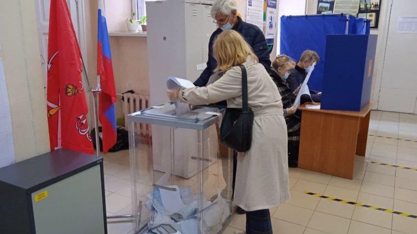 Вбросы, подвозы и прочие нарушения – Петербург опозорился на выборах-2021